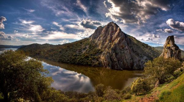 salto del gitano parque nacional de monfrague